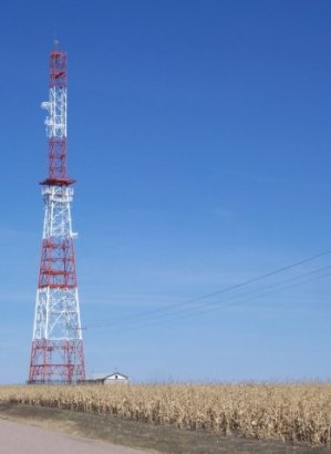 MicrowaveTower-10-2010.jpg