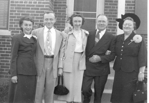 LR Vickie Frank Kathleen Harry Sade 1950-500 Wide.jpg